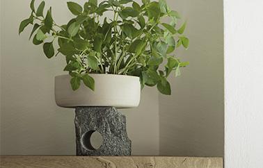 vase Neolithic design by Giulio Parini