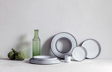 Caractere plate design by Noé Duchaufour Lawrance