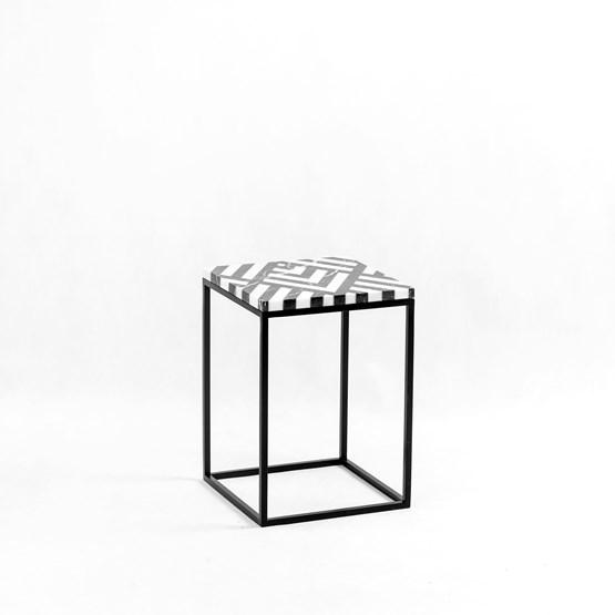 FIR Side Table - Design : Un'common