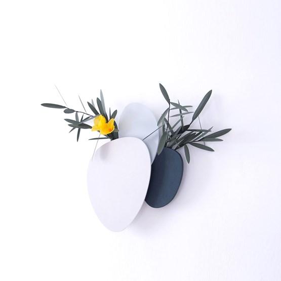 Vases muraux modulaires Teumsae in Layers - set de 3  - Design : Extra&ordinary Design