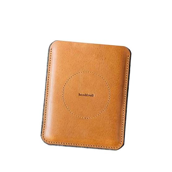 PORTE Passport Wallet  - Design : band&roll