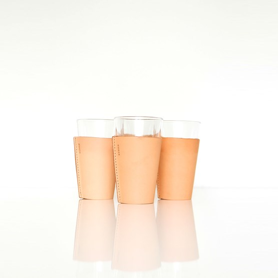 Set of 2 Tumblers - glass and leather  - Design : Gedigo Piece Of Finland