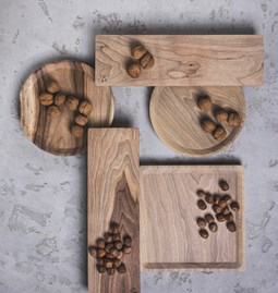 OSTE square serving plate - walnut wood in cold tones