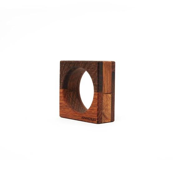 KUCKELEI eggcup - antique oak  - Design : JOHANENLIES