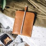LESS minimalist card case - tan 5