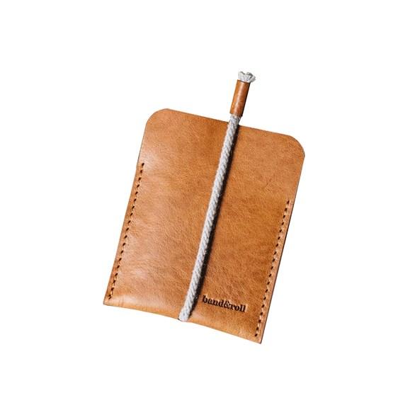 LESS minimalist card case - tan - Design : Band&roll