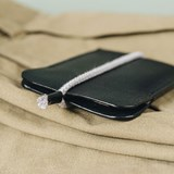 LESS minimalist card case - black 6