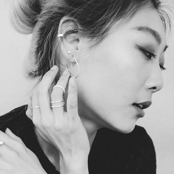Silver ear cuff - Design : ikonniko