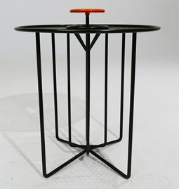 Side table S2 – Version 1 alu orange et acier noir