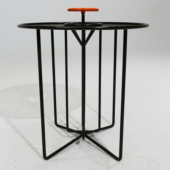 Side table S2 – Version 1 alu orange et acier noir - Design : AG L.O.B.