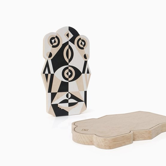 TOTEM cutting board - Designerbox - Design : Leslie David