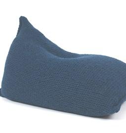 Pouf poire en laine tricotée - bleu