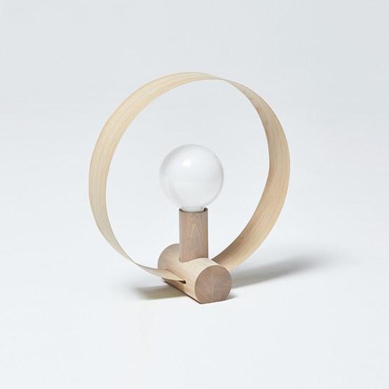 GRAVITÉ table lamp - Oak - Design : Hetch