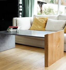 Nova & Wood table