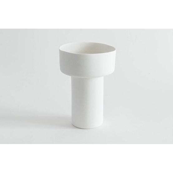 Vase  • Yu - Design : Salima Zahi