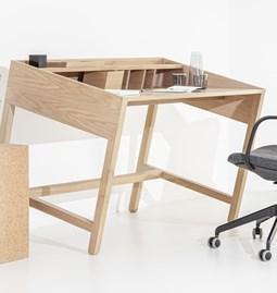 TORTA desk | oak