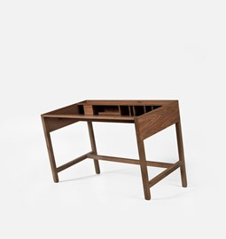 TORTA desk | walnut