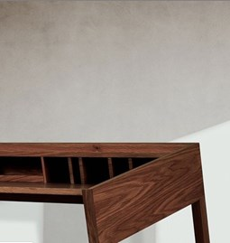 TORTA desk | walnut
