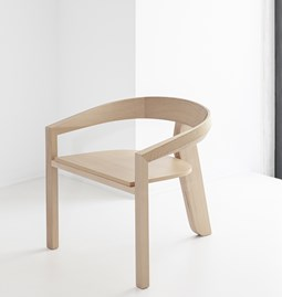 ICON lounge chair | beech