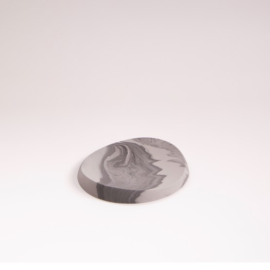 Plateau ovale en finition marbre - Marbre gris  - Design : Extra&ordinary Design