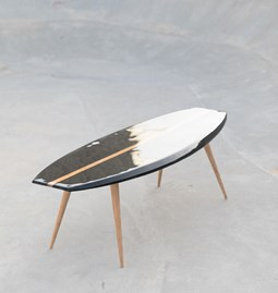 Parlementia coffee table - black