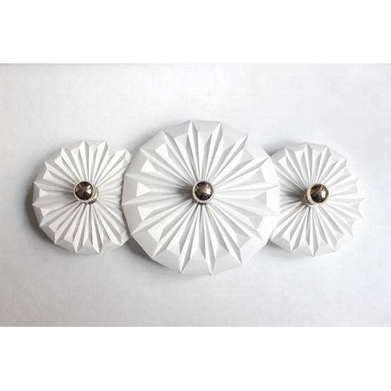 Wall lamp Three piléas - white - Design : Anne-Charlotte Saliba