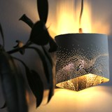 Scaled portable lamp - white & gold 3