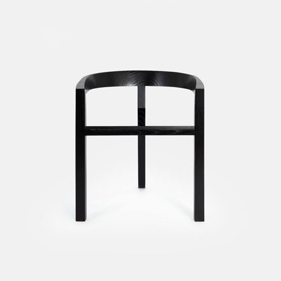 ICON dining chair | ash lacquered black - Design : Porventura