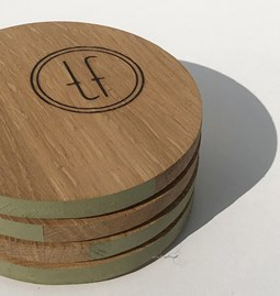 ENTRE AMIS coaster - wood and GREEN GREY