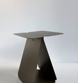 Table rectangulaire YOUMY - bronze anodique