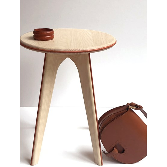 Nordic stool ASSY - white and leather  - Design : mademoiselle jo