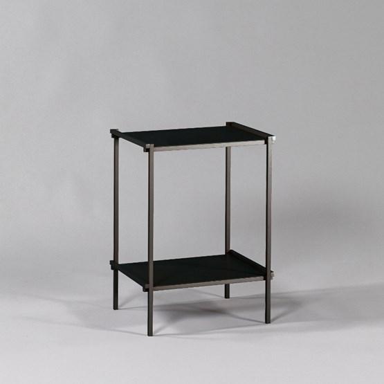 Bout de canapé Regula - Finition Noir Obscur - Design : L'Alufacture