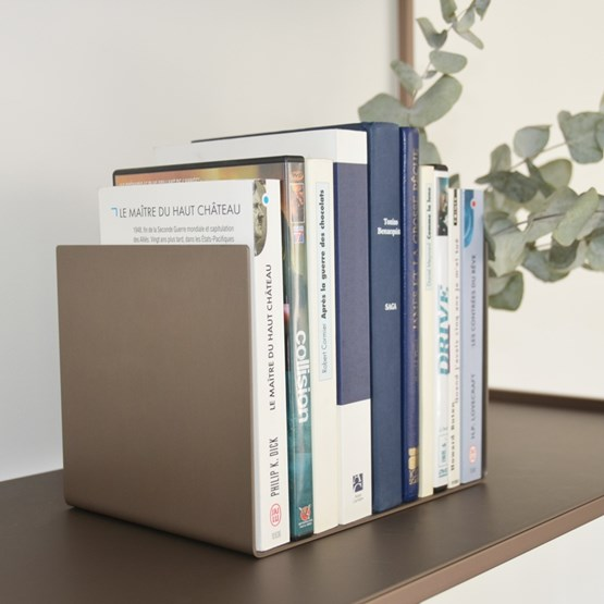 Regula bookend - métal tanné finish - Design : L'Alufacture