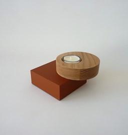 Bougeoir BAUHAUS - orme / médium laqué brique