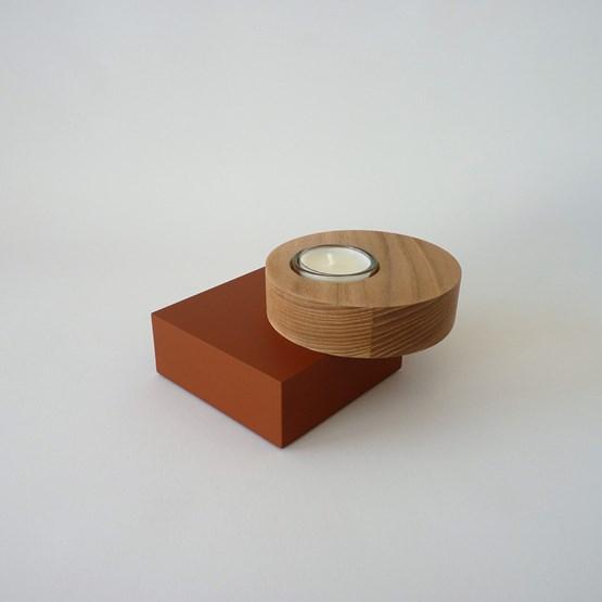Bougeoir BAUHAUS - orme / médium laqué brique - Design : Beatrix Li-Chin Loos