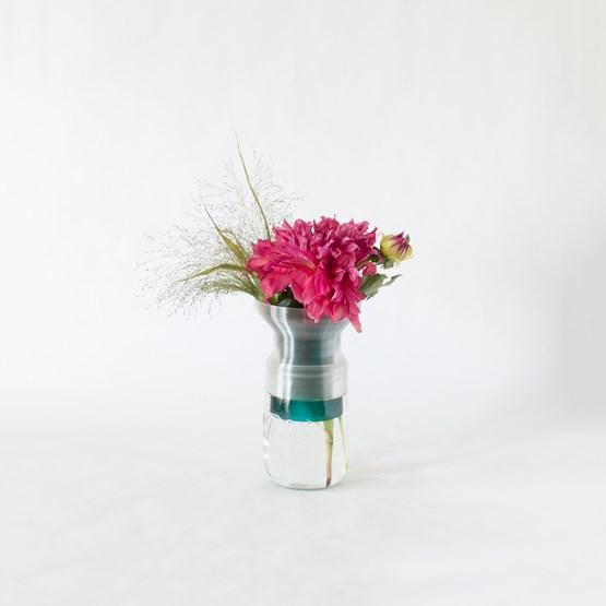 Demi-vase mimo  - modèle 2 - vert émeraude transparent  - Design : Warren & Laetitia