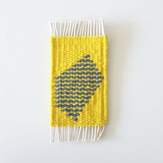 Micro handwoven wall rug - yellow and blue - Design : Garug