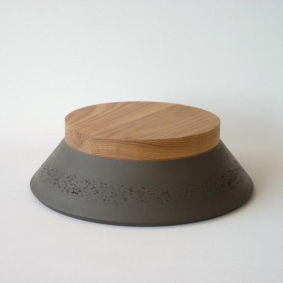 Box PAGODA - two-tone oxide grey / red ochre - Design : Beatrix Li-Chin Loos