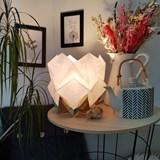 Lampe de table HIKARI en papier / taille S - blanc et or 5