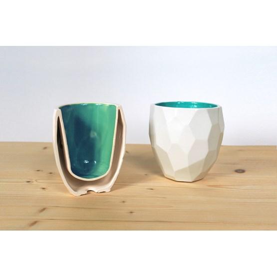 Thermos tasse à café POLIGON - vert - Design : Studio Lorier