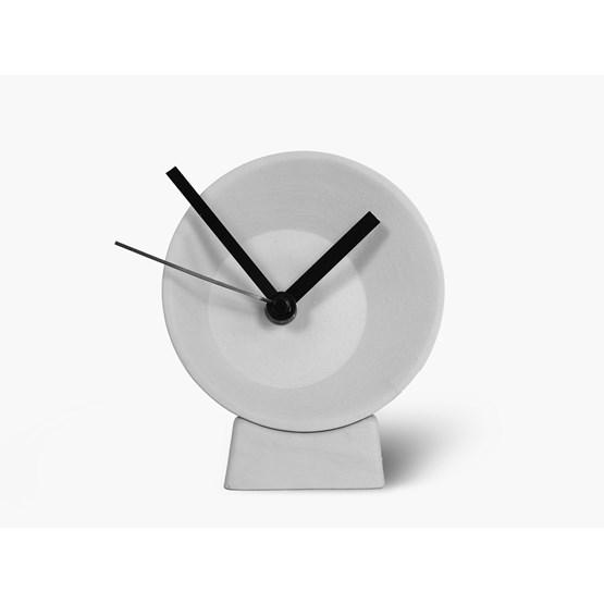 Horloge de bureau désaxée - grise - Design : Studio Lorier
