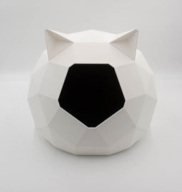 TAO kennel - white with ears