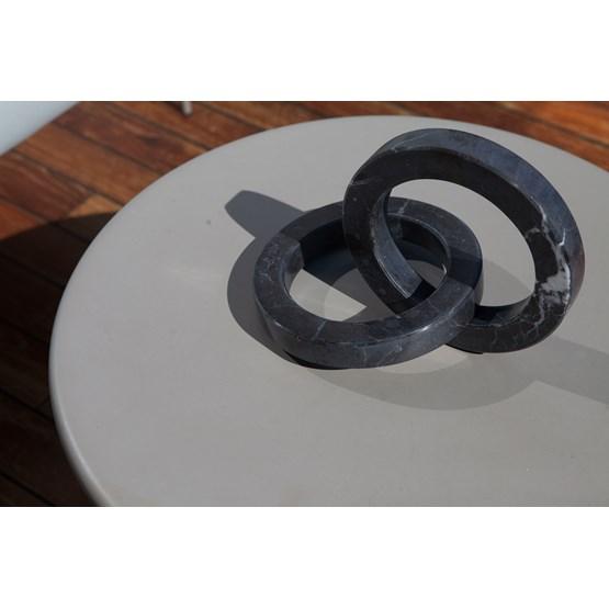 Objet décoratif cercles Kleoni - marbre - Design : Faye Tsakalides