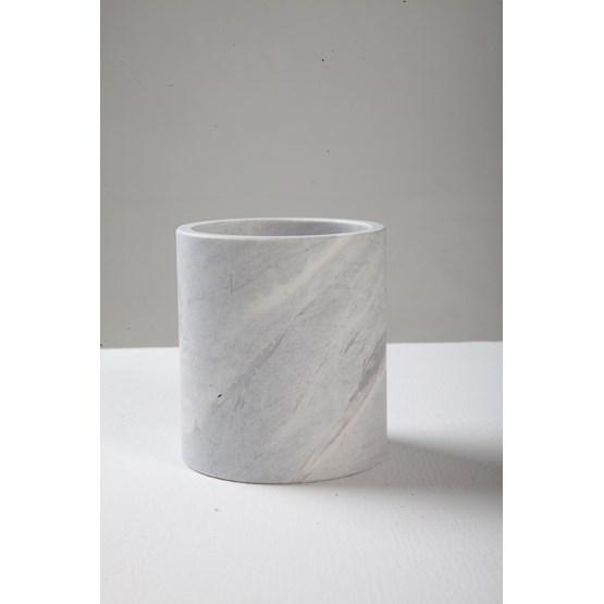 Pot Nike - marbre  - Design : Faye Tsakalides