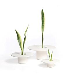 3 terracotta pots Tripot - white