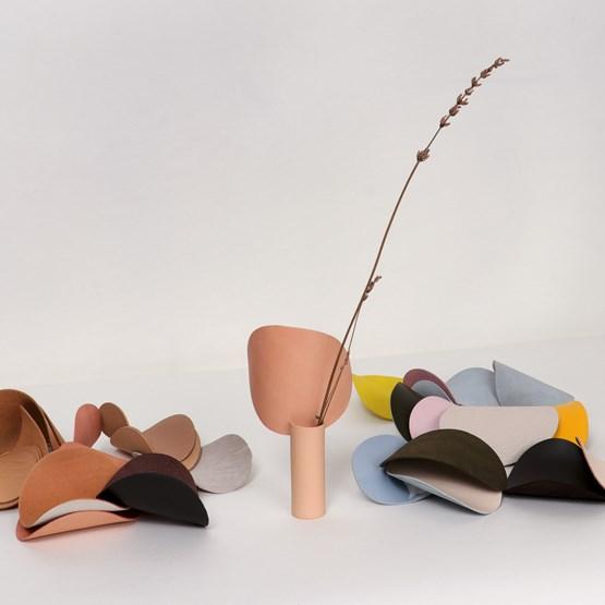 Mini Vase Carnation - [dwa] Nude - Design : STUDiOFOAM