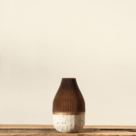 Plume 85 soliflore - coffee - Design : Poule