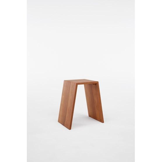 Tabouret M - chêne - Design : Brauchst