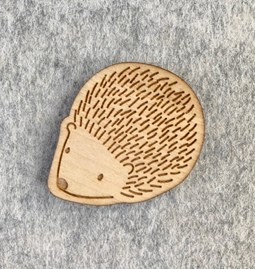 Hedgehog brooch - Wood