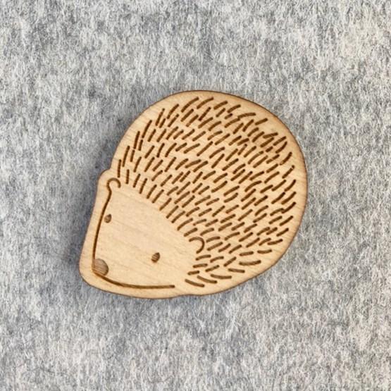 Broche Hérisson - Bois - Design : Les petites hirondelles